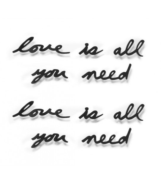 Décoration Murale en Métal Noir Love is All You Need - Umbra