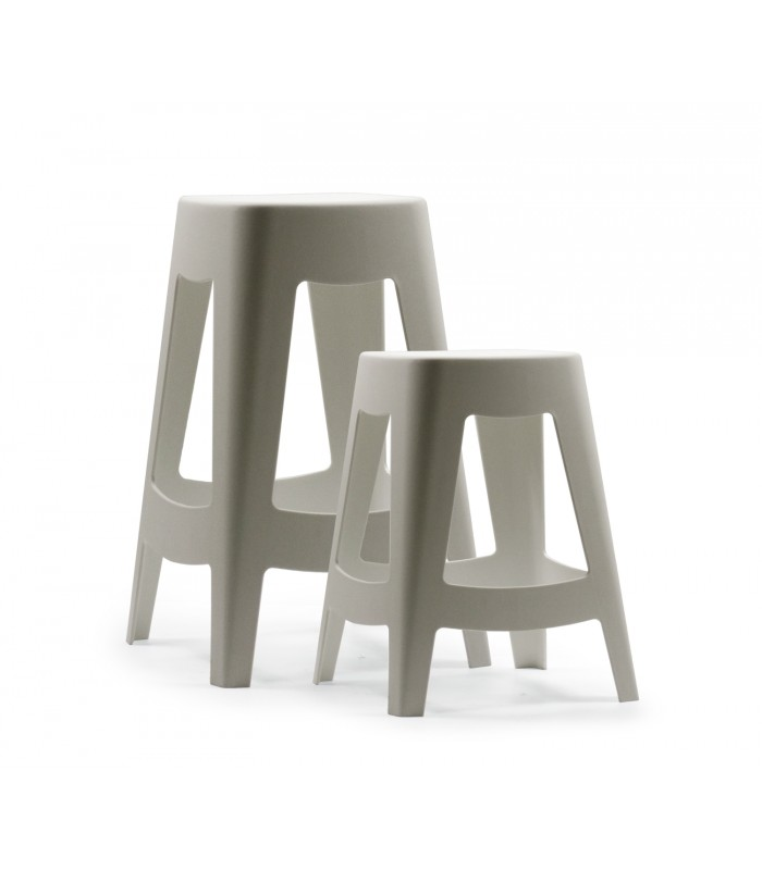 tabouret ext rieur design empilable en plastique blanc. Black Bedroom Furniture Sets. Home Design Ideas