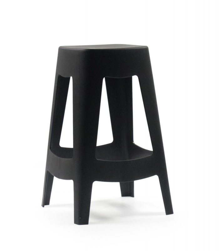 tabouret de bar ext rieur design empilable en plastique noir wadiga. Black Bedroom Furniture Sets. Home Design Ideas