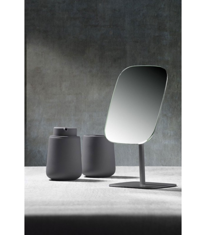 miroir de table design en m tal gris. Black Bedroom Furniture Sets. Home Design Ideas