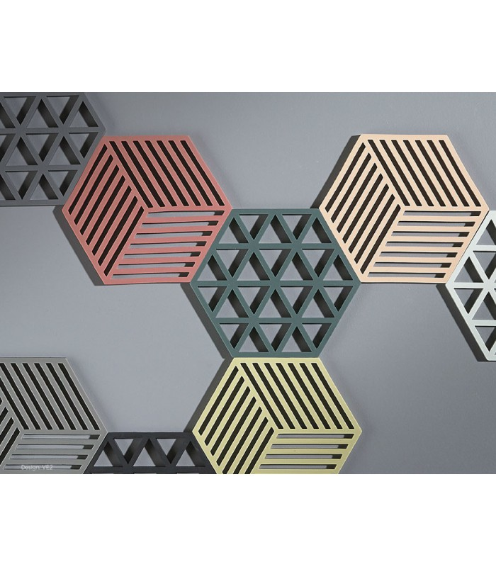 dessous de plat design hexagone silicone gris. Black Bedroom Furniture Sets. Home Design Ideas